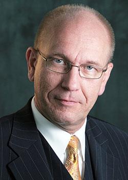 Ansprechpartner Karl-Heinz Hoepfer, Personalführung, Perönlichkeitsentwicklung, Outplacement, Aufhebungsvereinbarungen